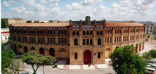 La Plaza de Toros, junto a la que se ubicará uno de los aparcamientos.