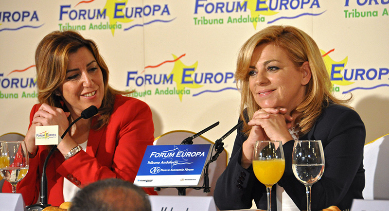 La presidenta de la Junta, Susana Díaz, con la candidata del PSOE, Elena Valenciano. Foto: PSOE