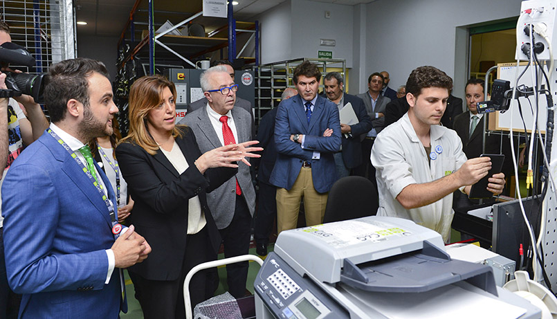 La presidenta, en su visita a Core&Global IT Solutions. Foto JA