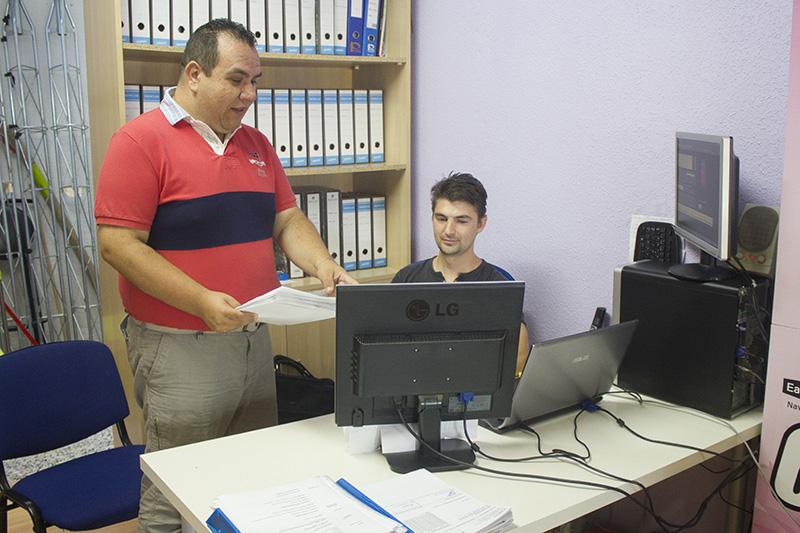 Daniel Calvillo, gerente de Fankinet, en la sede de su compañía tecnológica. Foto: JC Sánchez