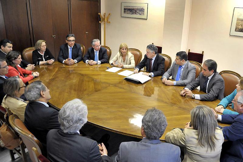 Reunión con el secretario de Estado de Seguridad de Seguridad Social, Tomás Burgos. Foto: AJ